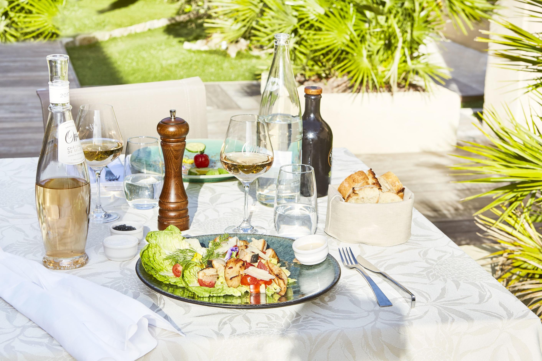 Salade caesar - room service - Villa Cosy